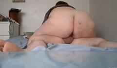 Pareja de gordos hacen su primer video casero